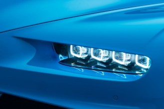 bugatti-chiron-o-mais-veloz-do-mundo-2-838x559